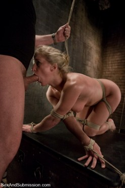 Bondage sex gallery - Blonde hard game. - BDSM Pics Sex and Submission Submission Sex